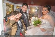 Anna Netrebko Hochzeit - Trauung - Palais Coburg - Di 29.12.2015 - Anna NETREBKO mit Sohn Tiago, Yusif EYVAZOV in der Kutsche184