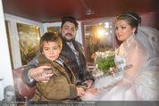 Anna Netrebko Hochzeit - Trauung - Palais Coburg - Di 29.12.2015 - Anna NETREBKO mit Sohn Tiago, Yusif EYVAZOV in der Kutsche187