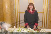 Anna Netrebko Hochzeit - Trauung - Palais Coburg - Di 29.12.2015 - Standesbeamtin23