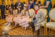 Anna Netrebko Hochzeit - Trauung - Palais Coburg - Di 29.12.2015 - Tiago (Sohn von Anna Netrebko)24