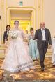 Anna Netrebko Hochzeit - Trauung - Palais Coburg - Di 29.12.2015 - Vater Yuri bringt Tochter Anna NETREBKO zur Trauung52