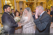 Anna Netrebko Hochzeit - Trauung - Palais Coburg - Di 29.12.2015 - Vater Yuri bringt Tochter Anna NETREBKO zu Yusif EYVAZOV62