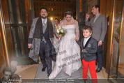 Anna Netrebko Hochzeit - Feier - Palais Liechtenstein - Di 29.12.2015 - Anna NETREBKO mit Sohn Tiago, Yusif EYVAZOV10