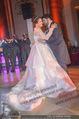 Anna Netrebko Hochzeit - Feier - Palais Liechtenstein - Di 29.12.2015 - Anna NETREBKO, Yusif EYVAZOV beim Er�ffnungstanz, tanzen104