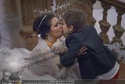 Anna Netrebko Hochzeit - Feier - Palais Liechtenstein - Di 29.12.2015 - Anna NETREBKO und Sohn Tiago120