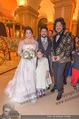 Anna Netrebko Hochzeit - Feier - Palais Liechtenstein - Di 29.12.2015 - Anna NETREBKO, Yusif EYVAZOV Trauzeuge Filipp KIRKORIV39