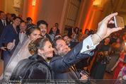 Anna Netrebko Hochzeit - Feier - Palais Liechtenstein - Di 29.12.2015 - Anna NETREBKO, Yusif EYVAZOV, Ildar ABDRAZAKOV43