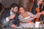 Anna Netrebko Hochzeit - Feier - Palais Liechtenstein - Di 29.12.2015 - Anna NETREBKO, Yusif EYVAZOV taking selfie64