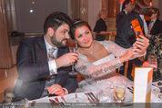Anna Netrebko Hochzeit - Feier - Palais Liechtenstein - Di 29.12.2015 - Anna NETREBKO, Yusif EYVAZOV taking selfie65