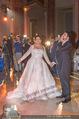 Anna Netrebko Hochzeit - Feier - Palais Liechtenstein - Di 29.12.2015 - Anna NETREBKO, Yusif EYVAZOV beim Er�ffnungstanz, tanzen89