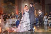 Anna Netrebko Hochzeit - Feier - Palais Liechtenstein - Di 29.12.2015 - Anna NETREBKO, Yusif EYVAZOV beim Er�ffnungstanz, tanzen94