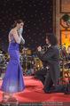 Silvesterball - Hofburg - Do 31.12.2015 - P�rchen aus England (Manchester) verlobt sich auf der B�hne246