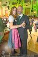Steirerball - Hofburg - Fr 08.01.2016 - Erwin WURM mit Ehefrau Elise (MOUGIN)62