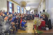 Opernball PK - Wiener Staatsoper - Di 19.01.2016 - Standing Ovations f�r Desiree TREICHL-ST�RGKH60
