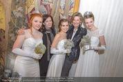 Opernball PK - Wiener Staatsoper - Di 19.01.2016 - Eva DINTSIS, Desiree TREICHL-ST�RGKH mit Deb�dantinnen77
