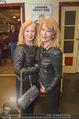 Chris Lohner Bühnenjubiläum - Kulisse - Mi 20.01.2016 - Gerda ROGERS mit Schwester Renate22