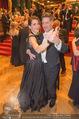 Philharmonikerball 2016 - Wiener Musikverein - Do 21.01.2016 - Tobias MORETTI mit Ehefrau Julia beim Tanzen182