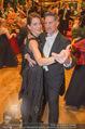 Philharmonikerball 2016 - Wiener Musikverein - Do 21.01.2016 - Tobias MORETTI mit Ehefrau Julia beim Tanzen184