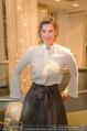 Opernball Couture Salon - Popp & Kretschmer - Mi 27.01.2016 - Desiree TREICHL-ST�RGKH (Portrait)55