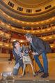 ORF backstage am Ball - Staatsoper - Mi 03.02.2016 - Andrea HEINRICH, Alfons HAIDER mit Sprengstoffsp�rhund28
