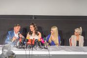 Brooke Shields PK - Lugner City - Mi 03.02.2016 - Brooke SHIELDS, Richard und Cathy LUGNER,Opernb.Prinzessin Jenny20