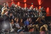 Brooke Shields PK - Lugner City - Mi 03.02.2016 - Medien, Presse, Journalisten, Kameras, Fotografen21