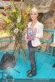 Brooke Shields PK - Lugner City - Mi 03.02.2016 - Opernballprinzessin Jenny42