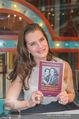 Brooke Shields PK - Lugner City - Mi 03.02.2016 - Brooke SHIELDS mit ihrem Buch46