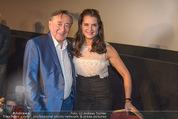 Brooke Shields PK - Lugner City - Mi 03.02.2016 - Brooke SHIELDS, Richard LUGNER7