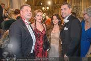 Opernball - Red Carpet - Staatsoper - Do 04.02.2016 - Andr� und Christine RUPPRECHTER100