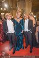 Opernball - Red Carpet - Staatsoper - Do 04.02.2016 - Arnold und Oskar WESS (Botox-Boys), Helena F�RST149