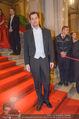 Opernball - Red Carpet - Staatsoper - Do 04.02.2016 - Claus TYLER41