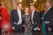 Opernball - Red Carpet - Staatsoper - Do 04.02.2016 - Jean-Claude JITROIS, Rainer TREFELNIK48