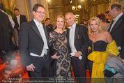Opernball - Red Carpet - Staatsoper - Do 04.02.2016 - Jean-Claude JITROIS, Rainer TREFELNIK, Liane SEITZ49