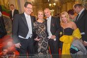 Opernball - Red Carpet - Staatsoper - Do 04.02.2016 - Jean-Claude JITROIS, Rainer TREFELNIK, Liane SEITZ50