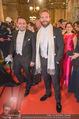 Opernball - Red Carpet - Staatsoper - Do 04.02.2016 - Klemens HALLMANN, Jai COURTNEY70