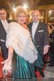 Opernball - Red Carpet - Staatsoper - Do 04.02.2016 - Birgit SARATA, Dominique MEYER72