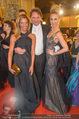 Opernball - Red Carpet - Staatsoper - Do 04.02.2016 - Heinz HANNER, Verena PFL�GER, Yvonne RUEFF93