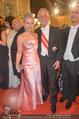 Opernball - Red Carpet - Staatsoper - Do 04.02.2016 - Martina und Werner FASSLABEND98