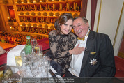 Opernball - Das Fest - Staatsoper - Do 04.02.2016 - Brooke SHIELDS, Richard LUGNER7
