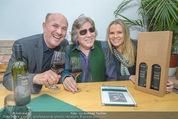 Jose Feleciano Weinpräsentation - Mariazellerhof - Mo 08.02.2016 - Jose FELICIANO, Niki und Brigitte NEUNTEUFEL10