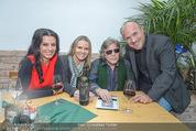 Jose Feleciano Weinpräsentation - Mariazellerhof - Mo 08.02.2016 - Sonja KLIMA, Jose FELICIANO, Niki und Brigitte NEUNTEUFEL4
