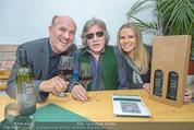 Jose Feleciano Weinpräsentation - Mariazellerhof - Mo 08.02.2016 - Jose FELICIANO, Niki und Brigitte NEUNTEUFEL9
