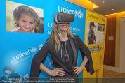 70 Jahre Unicef Pressefrühstück - Grand Hotel - Mi 24.02.2016 - Lilian KLEBOW mit 3D-Brille10