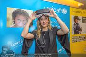 70 Jahre Unicef Pressefrühstück - Grand Hotel - Mi 24.02.2016 - Lilian KLEBOW mit 3D-Brille14