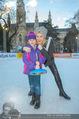 SuperFit Eisstockschießen - Rathausplatz - Mi 24.02.2016 - Missy MAY mit Marie4