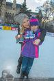 SuperFit Eisstockschießen - Rathausplatz - Mi 24.02.2016 - Missy MAY mit Marie9