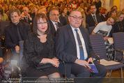 Chagall bis Malewitsch Ausstellungseröffnung - Albertina - Do 25.02.2016 - Dmitri LJUBINSKI (russischer Botschafter) mit Ehefrau32