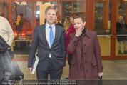 Oswald Oberhuber Ausstellung - 21er Haus - Di 08.03.2016 - Luisa ZIAJA, Josef OSTERMAYER17