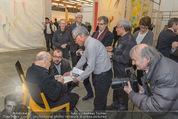Oswald Oberhuber Ausstellung - 21er Haus - Di 08.03.2016 - Oswald OBERHUBER schreibt Autogramme41